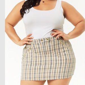 Plus size plaid miniskirt